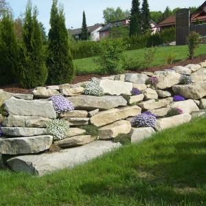 Feldsteinmauer Saller